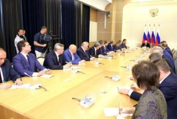 Президент России Владимир Путин встретился с вновь избранным главой региона Анатолием Артамоновым