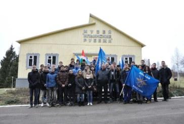 Боровский СТК ДОСААФ организовал для учащихся школ Боровского района поездку по местам боевой славы
