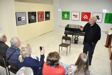 16 января в Боровском историко-краеведческом музее состоялась творческая встреча с заслуженным художником России Валерием Акоповым