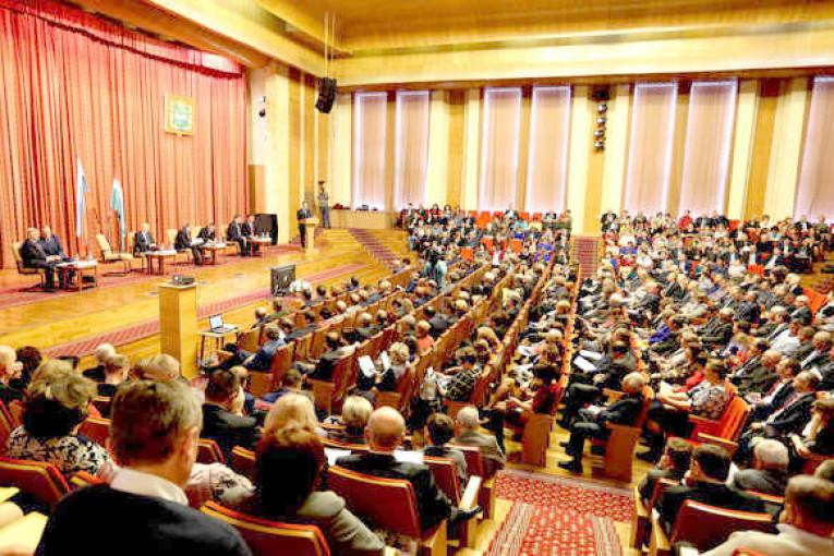 Депутаты рассказали о поддержке гражданских инициатив и организации общественного контроля