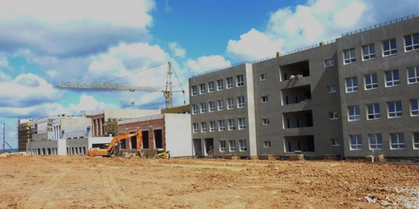 По запросам времени возводят свои микрорайоны строители области