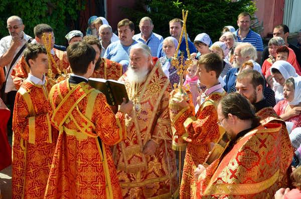 Митрополит Климент совершил Литургию в Борисоглебском храме Боровска