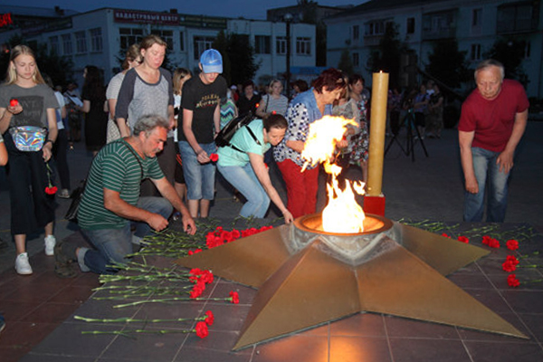 Огонь свечи, огонь памяти