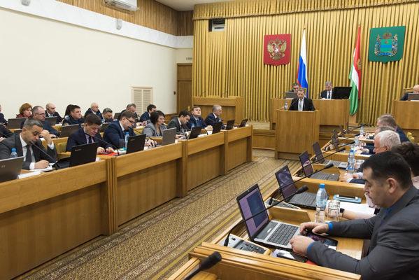 В Правительстве Калужской области обсудили ситуацию в сфере защиты трудовых прав граждан предпенсионного возраста