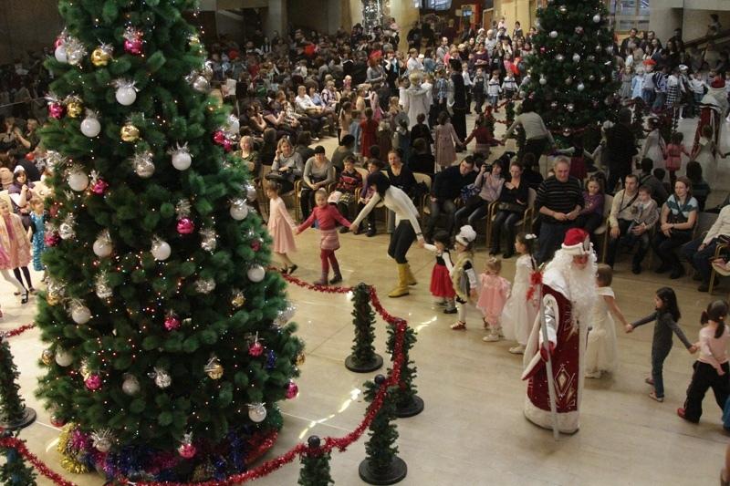 Для семей г. Балабаново, относящихся к льготным категориям, благотворительная ёлка пройдет 26 декабря в 10.00 в Спорткомплексе по адресу: ул. Боровская, д. 2А