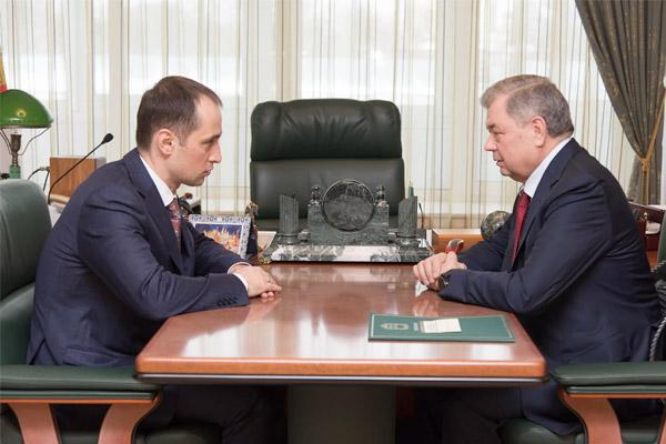 Анатолий Артамонов провел рабочую встречу с Московским межрегиональным транспортным прокурором Константином Букреевым