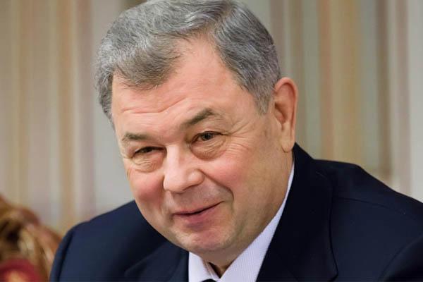 Депутаты присвоили звание «Почётный гражданин Калужской области» Анатолию Артамонову